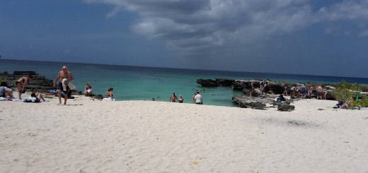 Smith's Cove is one of Grand Cayman's most scenic beaches
